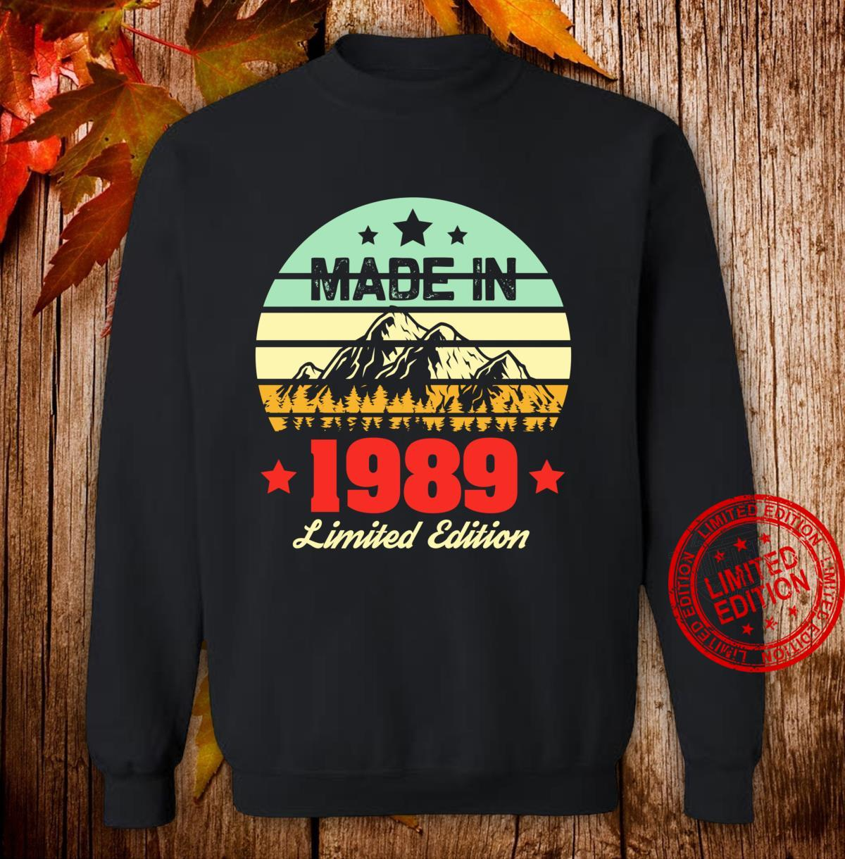 Gift for 31 Year Old Vintage Mountain 1989 31st Birthday Shirt sweater